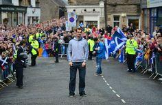 AndyMurray-hometown-hero-welcome_1