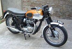 700 BWK - Triumph Bonneville T120