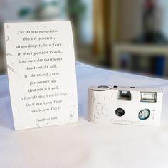 """**10 x Einwegkameras """"Erinnerungen""""** aus der LoLiMa Exclusive Line inkl. 10 Tischkarten mit folgendem Aufdruck: Für Erinnerungsfotos bin ich gemacht, drum knipst diese Feier in ihrer ganzen..."""
