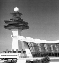 IAD - washington dulles airport main terminal and tower by eero saarinen, 1962