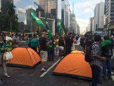Acampados na Paulista