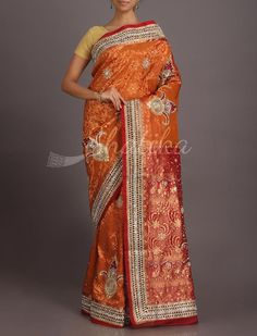Pavani Bold Kalash Motifs Heavy Ornate Kanchipuram Hand-Work Silk Saree
