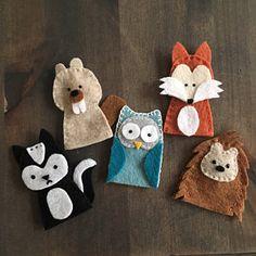 Digital Pattern: Hunny Bear and Friends Felt Finger Puppets Felt Puppets, Felt Finger Puppets, Hand Puppets, Felt Animal Patterns, Pdf Patterns, Felt Diy, Felt Crafts, Puppet Crafts, Finger Puppet Patterns