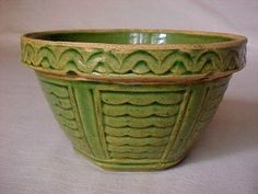 """Old Green Glaze 6"""" Mixing Bowl Yellow Ware Scallop Design"""