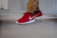 Nike Roshe One red / white  www.the-upper-cöub.com