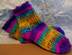 Knifty Knitter Slipper Socks With A Turned Heel : The Lazy Crafter