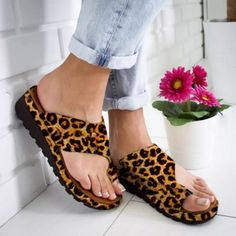 Description : Gender: Women Sizes available: Women's 5.5-9.5 Upper Material: Cloth Sole Material: Rubber Lining Material: NO Insole Material: PU Season: Four seasons/Spring/Autumn/Summer Suitable Scenes: Outdoor/Everyday/Party/Wedding/Work/Leisure Style: Casual,Fashion,College,Elegant Toe Style: Round Toe Closing Method:Slip-on Heel High Style: Flats Wedge Tube circumference: NO Shoes Heel High: 5m/1.96'' Platform Heigh :2cm/0.78'' Package : 1 Pair Shoes( NOT Including Shoebox)  |  Tradesy is th Zapatos Color Beige, Beige Shoes, Womens Summer Shoes, Womens Shoes Wedges, Clarks, Pie Grande, Red Dress Shoes, Leopard Ankle Boots, Slipper Sandals