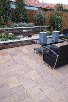 Tuintegels aanleggen Mijdrecht met groot assortiment en 5000m2 modeltuinen en GRATIS tuinontwerp voor voordelige sfeervolle tuinen met volle garantie