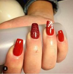 Nails christmas red glitter nailart 45 Ideas for 2019 Red Christmas Nails, Xmas Nails, Holiday Nails, Matte Nails, Red Nails, Acrylic Nails, Acrylic Nail Designs, Nail Art Designs, Nails Design