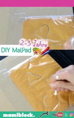 DIY Mal Pad selbstbasteln DIY painting pad homemade: With this painting pad, your children can paint Toddler Learning Activities, Infant Activities, Preschool Activities, Paper Hearts, Diy Videos, Craft Videos, Diy Bebe, Diy Crafts For Kids, Up Dos
