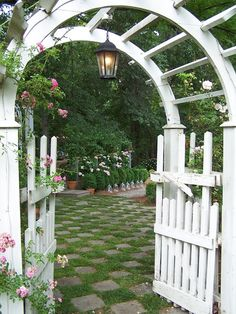 Nice and large arch and gate!
