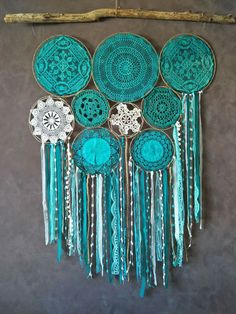 Multi circles of teal