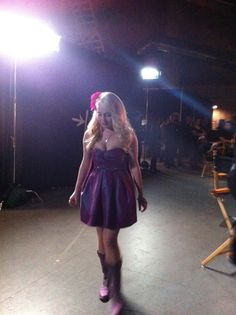 Country bombshell, RaeLynn, backstage on The Voice. #TeamBlake #TheVoice