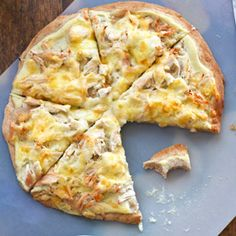 cauliflower alfredo sauce pizza