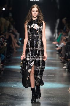 Roberto Cavalli Fall 2015 Ready-to-Wear Collection