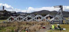 A ponte-tesoura é a ponte temporária maior, mais forte, mais leve e de instalação mais rápida do mundo. <br>