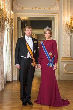 Statie portret Koning Willem Alexander en Koningin Maxima april 2013.  King Willem Alexander and queen Maxima of the Netherlands