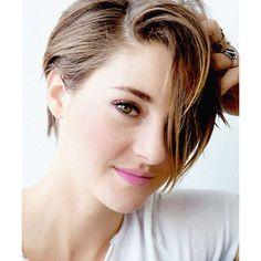 Shailene Woodley Shailene. Woodley. ❤ liked on Polyvore featuring shailene woodley, girls, hair, models and people