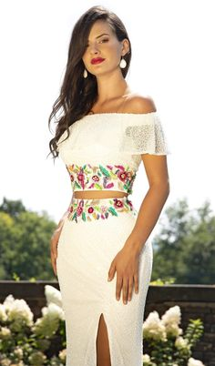 Mexican Style Dresses, Mexican Outfit, Mexican Clothing, Mexican Inspired Dress, Mexican Bridesmaid Dresses, Fiesta Outfit, Fiesta Dress, Mexican Quinceanera Dresses, Off Shoulder Gown