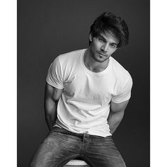 Sooraj Pancholi Oh soooo HOT!!! #Bollywood #India #Photoshoot #SoorajPancholi Bollywood Stars, Bollywood Fashion, Glamour World, Pic Pose, Indian Man, Man Character, Boys Dpz, Hair And Beard Styles, Hot Boys