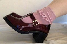 Very Cute Fall Shoes. These Shoes Will Look Good With Any Outfit. 60 Insanely Cute Shoes Outfit Ideas For You This Summer – Very Cute Fall Shoes. These Shoes Will Look Good With Any Outfit. Sock Shoes, Cute Shoes, Me Too Shoes, Shoes And Socks, Pink Socks, Fall Shoes, Summer Shoes, Outfit Summer, Men Dress