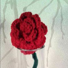 Single Crochet Rose ~ Valentines Day Gift ~ Crocheted Flowers ~ Handmade Present for her ~ Wedding Flowers ~ Red Roses or Any colour by CraftyMillerJM on Etsy