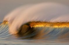 Long Exposure Photos of Golden Waves by David Orias No Wave, Water Waves, Ocean Waves, Big Waves, Cool Photos, Beautiful Pictures, Creative Pictures, Amazing Photos, Photo Voyage