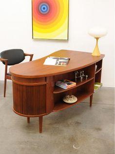 Great desk    1950s Danish Modern KAI KRISTIANSEN Kidney TEAK Desk Mid Century