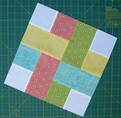A ribbon look in patchwork. diaryofaquilter com patchwork Bilderesultat for Easy Square Quilt Block Patterns very simple quilt block made of squares and rectangles. How about a plaid quilt? woven square quilt block For 12 inch finished block: Four white s Jellyroll Quilts, Patchwork Quilting, Quilting Tips, Quilting Tutorials, Quilting Projects, Quilting Designs, Sewing Projects, Machine Quilting, Easy Projects