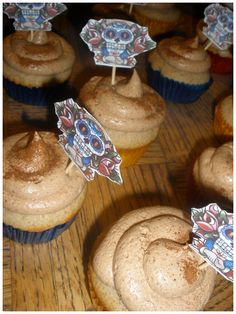Cinnamon vanilla cupcakes with Mexican hot chocolate buttercream. - CUPCAKE REHAB | est. 2007
