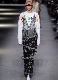 Fashion Week London Herbst/Winter 2018: Burberry | ELLE
