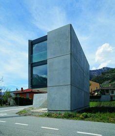 Casa Grossi-Giordano/guidotti architects/   Monte Carasso/Switzerland