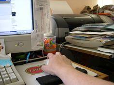 Escritorio tipico para trabajos por internet