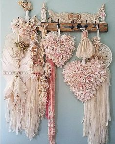 Lots of ideas in this photo for rag and #fabric strip #crafts