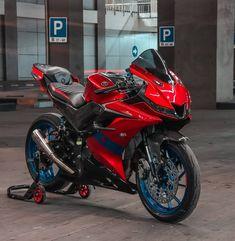 Gp Moto, Bike Pic, Sport Bikes, Motorcycle, Inspirational, Vehicles, Sports, Anime, Fashion
