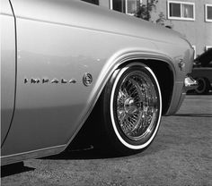 Images and videos of impala Arte Lowrider, Camaro Rs, Old School Cars, Us Cars, Chevrolet Impala, Car Girls, Kustom, Way Of Life, Truck Accessories