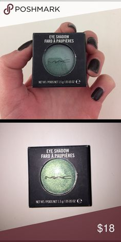 MAC Eyeshadow Color: Steamy MAC Cosmetics Makeup Eyeshadow
