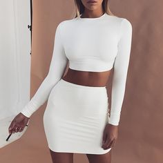 White dress party - Timeless Black and White Outfits – White dress party Glamouröse Outfits, Night Outfits, Skirt Outfits, Fashion Outfits, Dress Fashion, Woman Outfits, Dinner Outfits, Casual Party Dresses, Sexy Party Dress