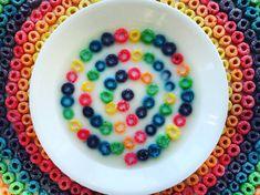 Você provavelmente nunca pensou em se casar com uma tigela de cereal antes, mas eu aposto que você vai querer agora… | 16 fotos que são praticamente pornografia para quem ama cores