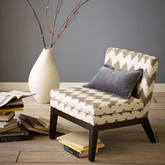 Slipper Chair, Wen
