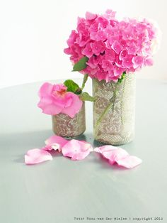 Make those empty candle jars a beautiful vase! Simple & Easy!