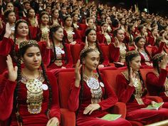 Turkmenistan, delegates of Halk Maslikhat show support for Berdymukhamedov during his ascendency to power in 2006