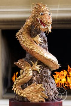 Incredible Dragon Cake by Chef Flora Aghababyan at The French Pastry School. Crazy Cakes, Fancy Cakes, Gorgeous Cakes, Amazing Cakes, Cupcakes, Cupcake Cakes, French Pastry School, Dragon Cakes, Sculpted Cakes