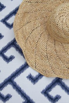 Outdoor Fabric, Outdoor Fun, Summer Chic, Greek Key, Cottage Living, Coastal Homes, Summer Colors, Warm Weather, Paisley