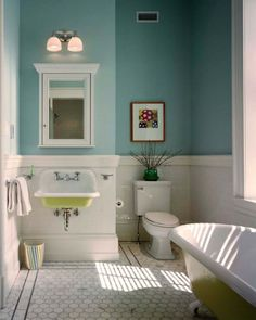 Traditional-Half-Bathroom-Design-Ideas