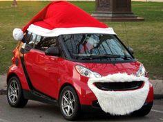smart car santa- two of my favourite things. - The Motor Show Christmas Car Decorations, Christmas Float Ideas, Mini Christmas Tree, Merry Christmas, Xmas, Modern Christmas, Christmas Images, Christmas Humor, Christmas Stuff