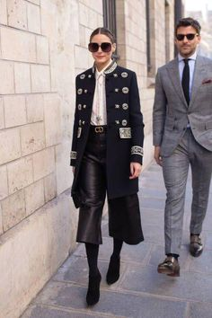 Olivia Palermo and Johannes Huebl are seen on the street attending. : Olivia Palermo and Johannes Huebl are seen on the street attending CHRISTIAN DIOR during Paris Haute Couture Fashion Week wearing Dior on January Olivia Palermo Outfit, Olivia Palermo Stil, Olivia Palermo Lookbook, Olivia Palermo Winter Style, Olivia Palermo Street Style, All About Fashion, Love Fashion, Winter Fashion, Vintage Fashion