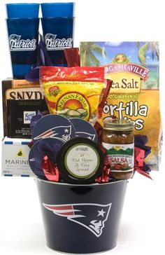 My favorite! Theme Baskets, Themed Gift Baskets, Raffle Baskets, Football Gift Baskets, Football Girlfriend, E Farm, Patriots Fans, Relay For Life, Christmas Goodies