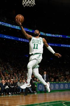 012119 Kyrie Irving Celtics, Kyrie Irving 2, Irving Nba, Mvp Basketball, Basketball Skills, Basketball Pictures, Sports Images, Sports Pictures, All Nba Teams