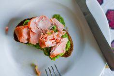 salmon pesto bruschetta